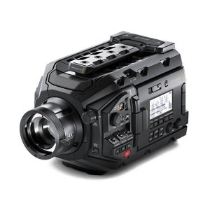 FILMADORA URSA BLACKMAGIC 01